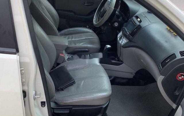 Cần bán gấp Hyundai Avante năm 2012, chính chủ3