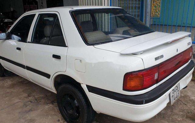 Bán Mazda 323 năm sản xuất 1995, màu trắng, máy 1.6 tiết kiệm xăng2