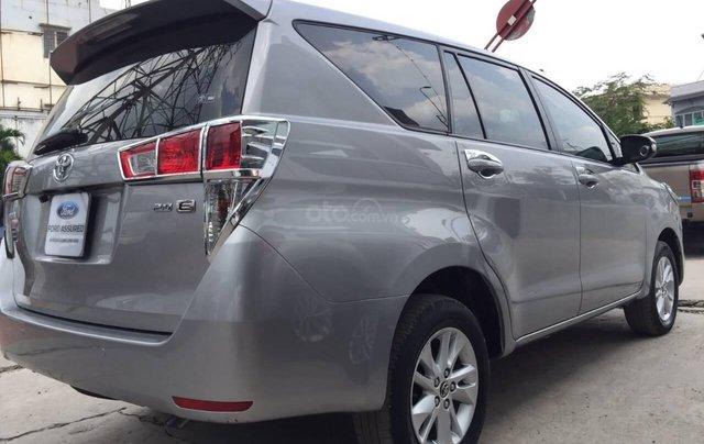 Toyota Innova 2.0E số sàn 2017 bảo hành chính hãng 1 năm5