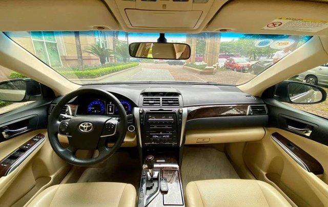 Cần bán lại xe Toyota Camry 2.0E đời 2016 biển Hà Nội10