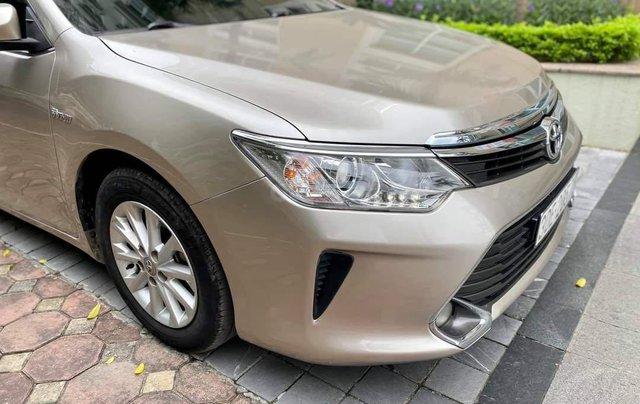 Cần bán lại xe Toyota Camry 2.0E đời 2016 biển Hà Nội11