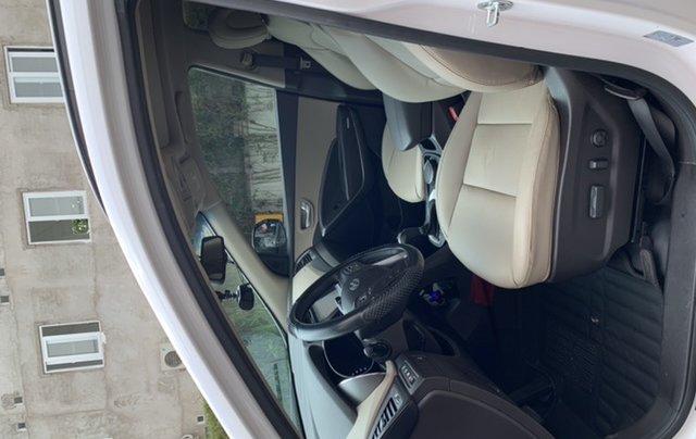 Bán Hyundai Santa Fe sản xuất năm 2016, màu trắng3