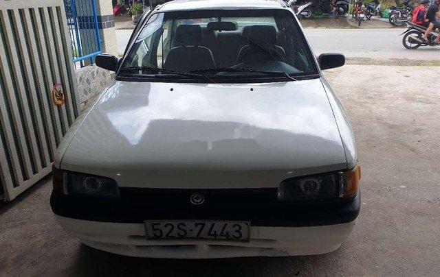 Bán Mazda 323 năm sản xuất 1995, màu trắng, máy 1.6 tiết kiệm xăng1