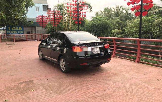 Gia đình bán Hyundai Avante năm sản xuất 2012, màu đen, xe nhập5