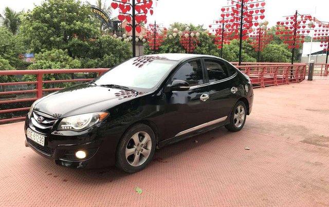 Gia đình bán Hyundai Avante năm sản xuất 2012, màu đen, xe nhập4
