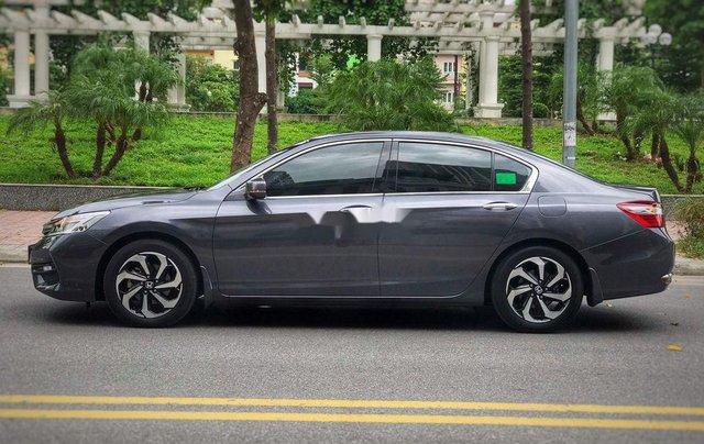 Bán xe Honda Accord sản xuất 2018, màu xám, nhập khẩu nguyên chiếc, giá 939tr1
