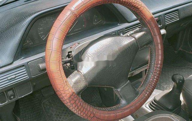 Cần bán gấp Mazda 323 đời 1995, màu trắng3