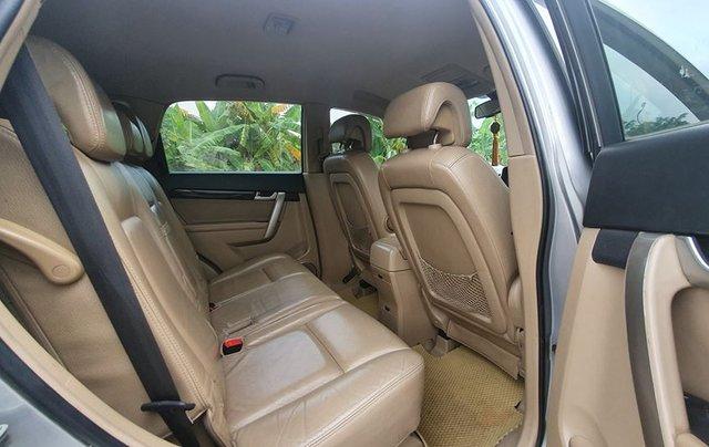 Cần bán Chevrolet Captiva sản xuất năm 2010, màu bạc 5