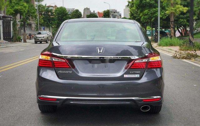 Bán xe Honda Accord sản xuất 2018, màu xám, nhập khẩu nguyên chiếc, giá 939tr2
