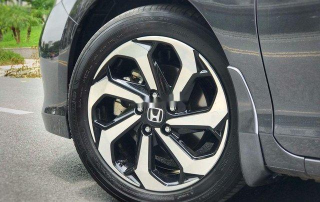 Bán xe Honda Accord sản xuất 2018, màu xám, nhập khẩu nguyên chiếc, giá 939tr6