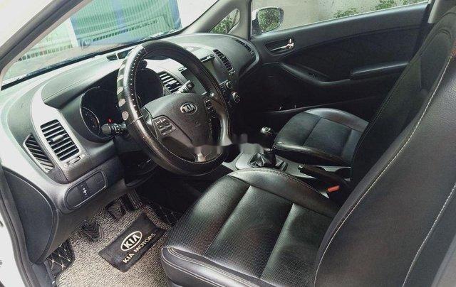 Bán xe Kia K3 đời 2015, màu trắng  3