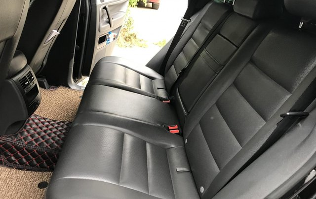 Chính chủ bán Volkswagen Touareg máy xăng 3.6L, sản xuất 2008, đứng tên công ty, nhập khẩu nguyên chiếc11