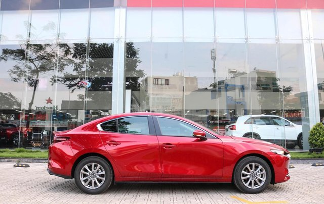 Mazda 3 ưu đãi 60 triệu+ quà tặng+ bảo hiểm xe1