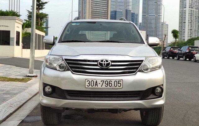 Cần bán nhanh xe Toyota Fortuner sản xuất năm 2013, giá chỉ 555 triệu0