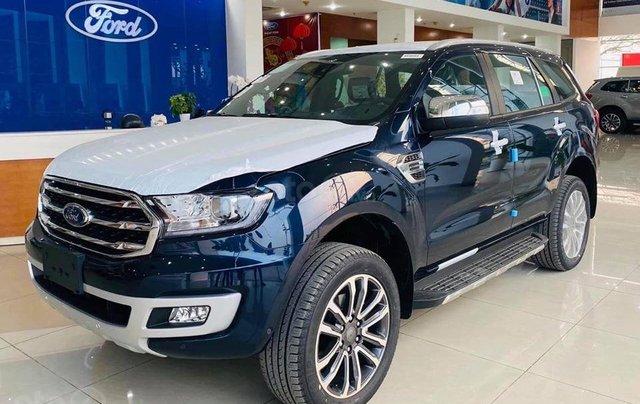 Ford Everest 2020 giảm giá khủng trong tháng, tặng nhiều phụ kiện, giao xe ngay1