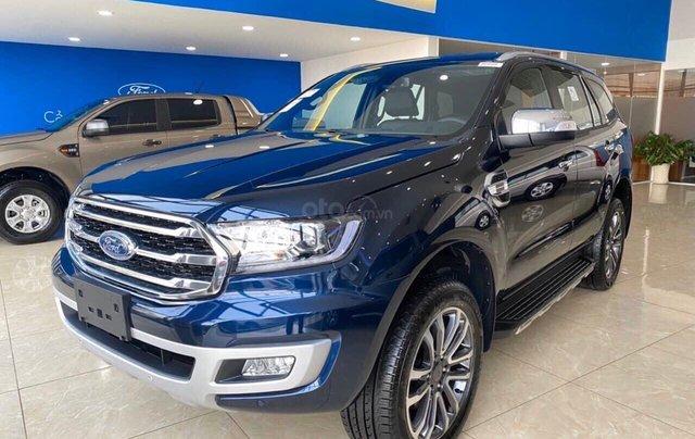 Ford Everest 2020 giảm giá khủng trong tháng, tặng nhiều phụ kiện, giao xe ngay0