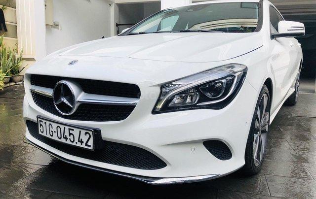 Bán Mercedes Benz CLA 200 2018 xe đẹp, bao check hãng0