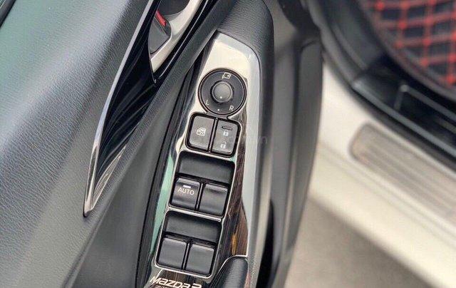 Mazda 3 1.5AT SX 2016 siêu đẹp10