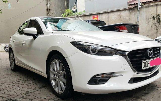 Chính chủ bán xe Mazda 3 2018 AT 2.0, mới đi 2 vạn9