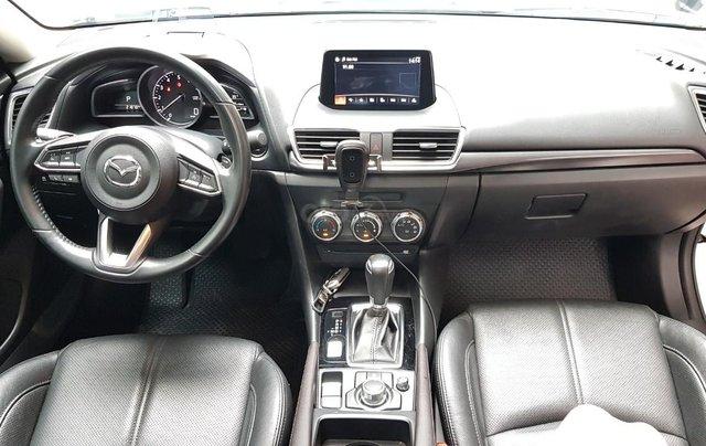 Chính chủ bán xe Mazda 3 2018 AT 2.0, mới đi 2 vạn10