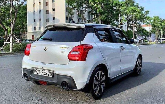Bán Suzuki Swift đời 2019, màu trắng, nhập khẩu, 555 triệu4