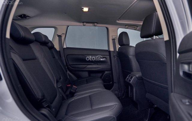 [Hot]Mitsubishi Outlander 2.0 Premium 2020, giảm ngay 50% TTB, giảm giá tiền mặt, tặng phụ kiện chính hãng, giao xe ngay6
