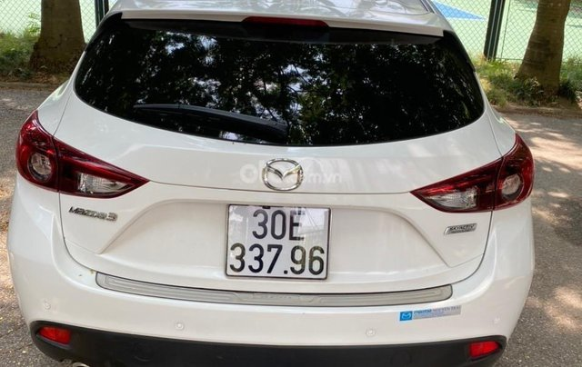 Chính chủ cần bán cần bán Mazda 3 đời 2016, màu trắng, giá chỉ 580tr2