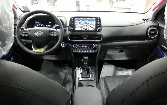 Xe Kona 5 chỗ gầm cao 2020 trả trước từ 188 triệu có xe ngay, tặng phụ kiện + tiền mặt lên đến 50 triệu4