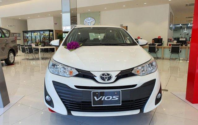 """""""Hot"""" bán Toyota Vios 1.5E MT - Ưu đãi cực hấp dẫn - Quà tặng theo xe - Đưa trước 120 triệu0"""