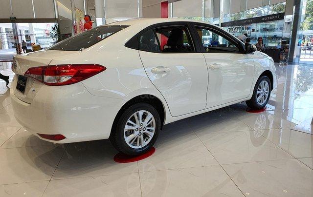 """""""Hot"""" bán Toyota Vios 1.5E MT - Ưu đãi cực hấp dẫn - Quà tặng theo xe - Đưa trước 120 triệu2"""