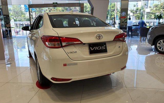 """""""Hot"""" bán Toyota Vios 1.5E MT - Ưu đãi cực hấp dẫn - Quà tặng theo xe - Đưa trước 120 triệu3"""