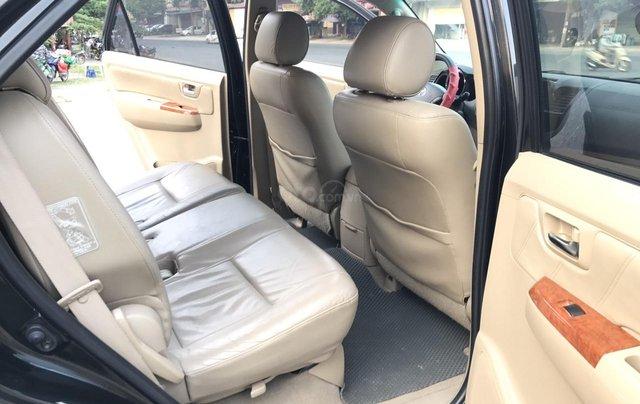 Toyota Fortuner 2.7V 4x4AT đời 2010, màu đen, tự động. Xe 1 chủ đi từ mới cứng7