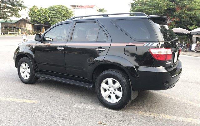Toyota Fortuner 2.7V 4x4AT đời 2010, màu đen, tự động. Xe 1 chủ đi từ mới cứng2
