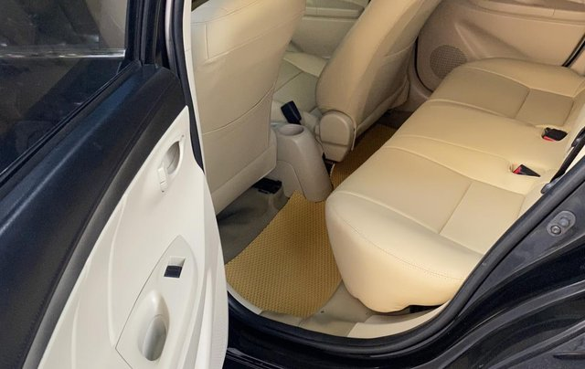 Cần bán lại xe Toyota Vios sản xuất năm 2015, màu đen chính chủ4