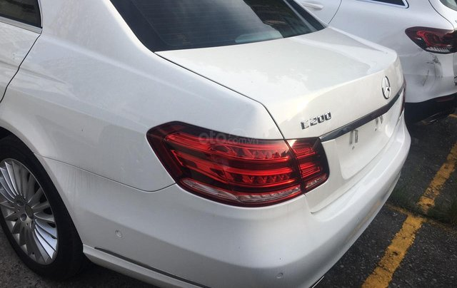 Gia đình cần bán Mercedes E200 SX 2015 còn mới, full đồ, đi giữ gìn, giá cạnh tranh9