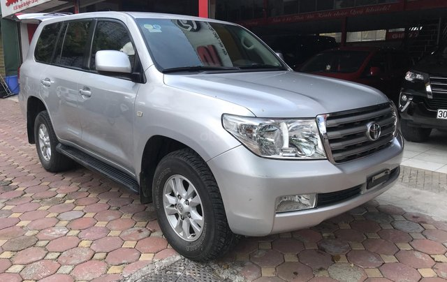 Toyota Land Cruiser  2011 bản nhập Trung Đông0