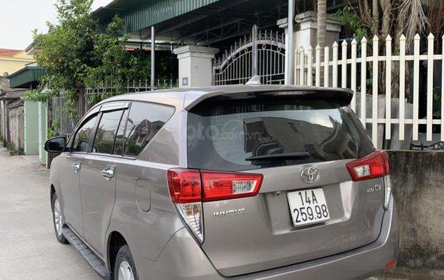 Bán Toyota Innova đăng ký 2017, màu xám (ghi), xe nhập, giá 565 triệu đồng0