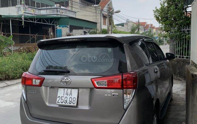 Bán Toyota Innova đăng ký 2017, màu xám (ghi), xe nhập, giá 565 triệu đồng3