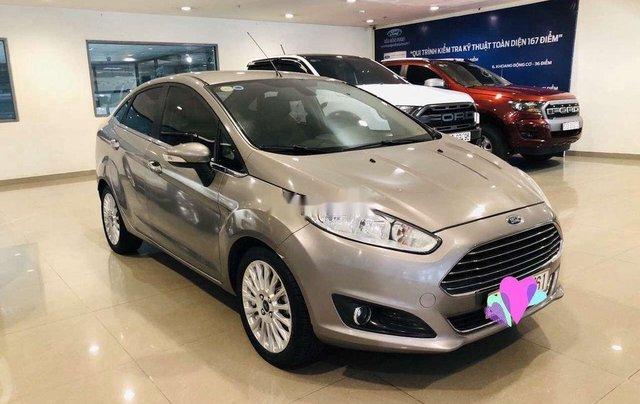 Bán Ford Fiesta đời 2017, màu xám, hỗ trợ mua trả góp0