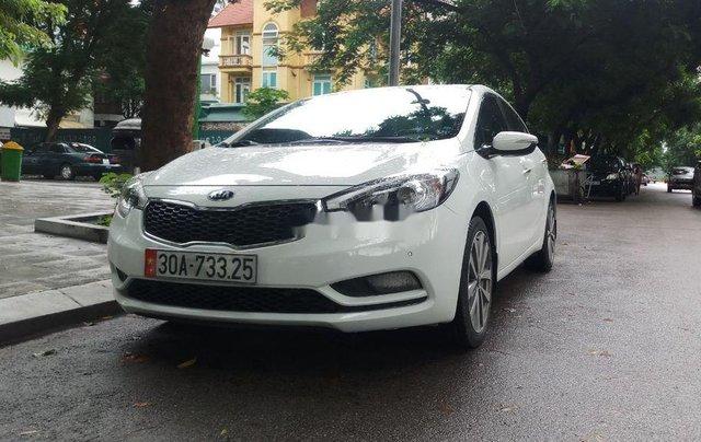 Cần bán gấp Kia K3 sản xuất năm 2015, màu trắng chính chủ9