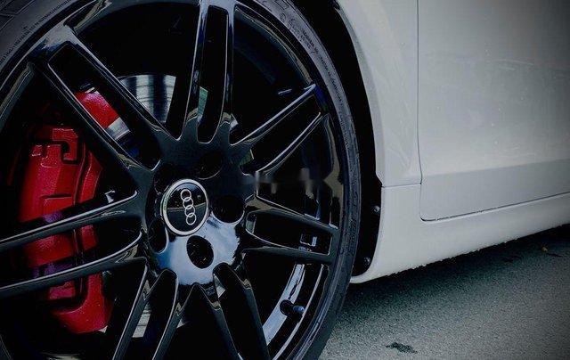 Cần bán Audi TT năm 2009, màu trắng, xe nhập chính chủ2