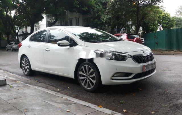 Cần bán gấp Kia K3 sản xuất năm 2015, màu trắng chính chủ7
