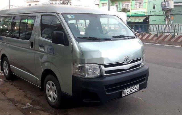 Bán xe Toyota Hiace đời 2011, nhập khẩu, máy dầu 16 chỗ1