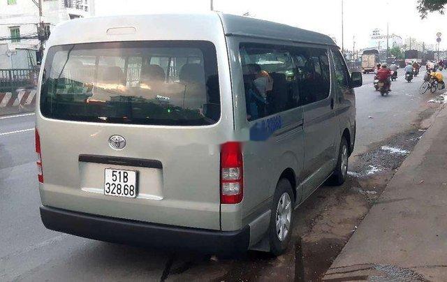 Bán xe Toyota Hiace đời 2011, nhập khẩu, máy dầu 16 chỗ3
