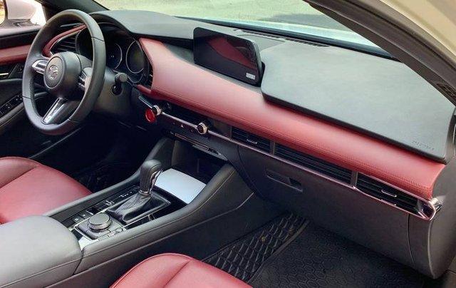 Cần bán xe Mazda 3 đời 2020, màu trắng, giá chỉ 850 triệu11