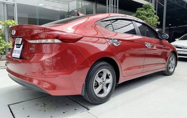 Bán Hyundai Elantra năm sản xuất 2018, màu đỏ, giá 485tr3