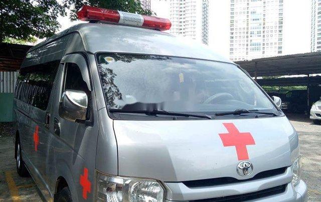 Chính chủ bán xe cứu thương Toyota Hiace sản xuất năm 2014, màu bạc1