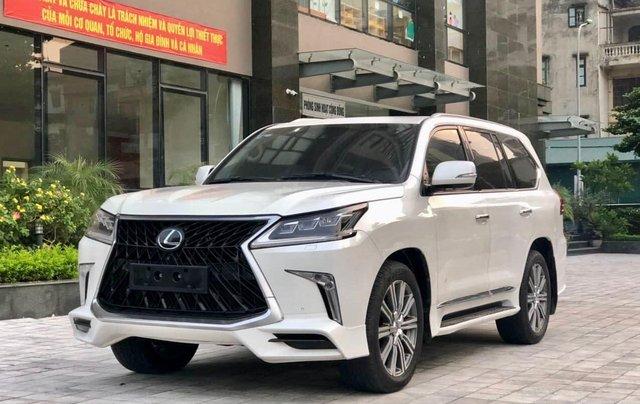 Xe chính chủ bán Lexus LX 570 2016 màu trắng nội thất nâu da bò, xe bảo dưỡng đầy đủ tại hãng2