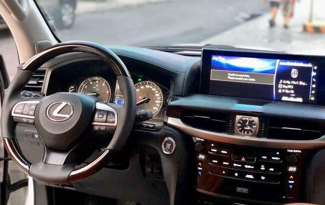 Xe chính chủ bán Lexus LX 570 2016 màu trắng nội thất nâu da bò, xe bảo dưỡng đầy đủ tại hãng4