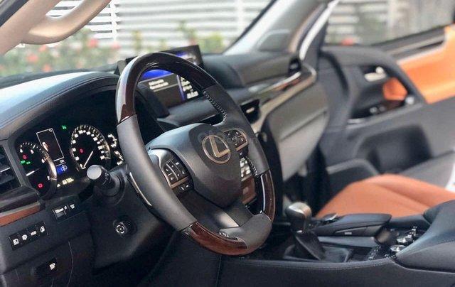Xe chính chủ bán Lexus LX 570 2016 màu trắng nội thất nâu da bò, xe bảo dưỡng đầy đủ tại hãng7